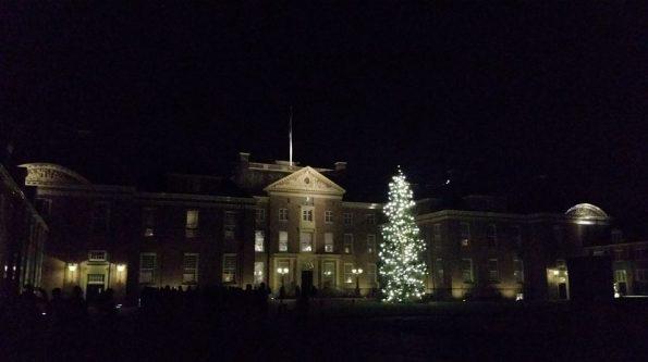 Een prachtig verlicht Paleis het Loo!