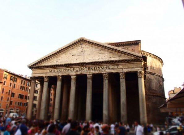 Het Pantheon is één van de vele gratis bezienswaardigheden van Rome!