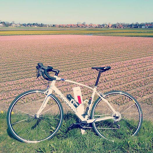 Mijn nieuwe racefiets, ideaal voor zonnige dagen!