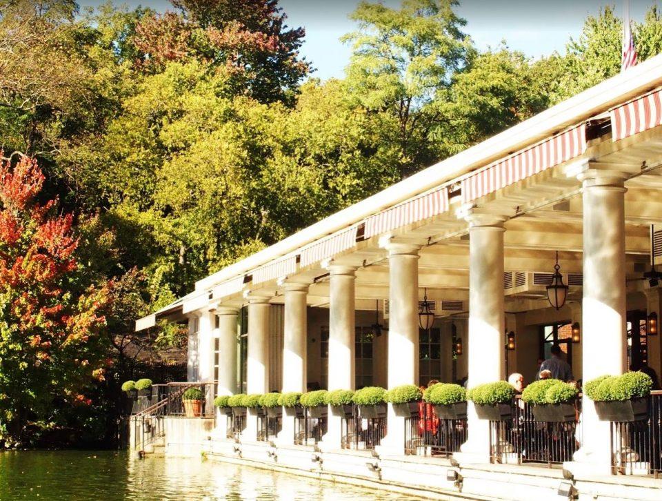 Heerlijk in het zonnetje gezeten op het terras van het Loeb Boathouse, Central Park!