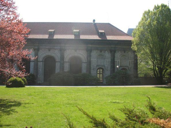 Het badhuis in de tuinen van de Praagse Burcht