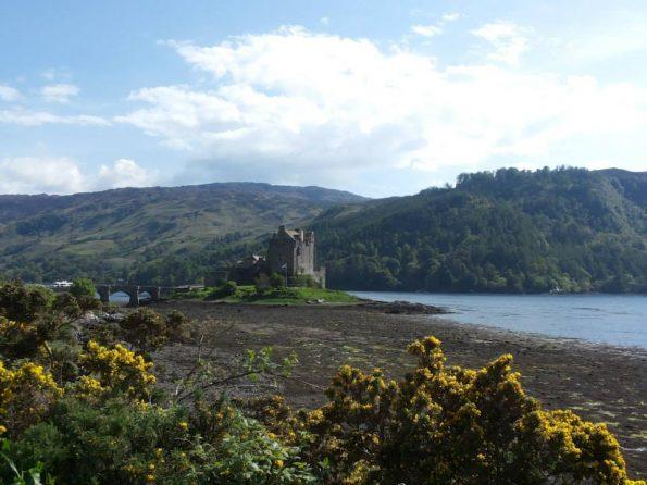 Het mooie Eilean Donan Castle bij Dormie, het lijkt wel een sprookjeskasteel!