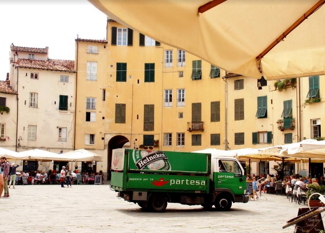Lucca reis